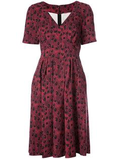 платье с запахом Carolina Herrera