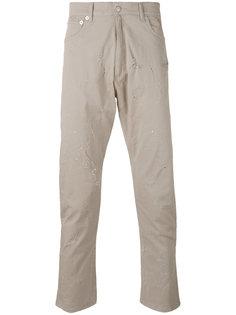 джинсы с потертой отделкой Cmmn Swdn