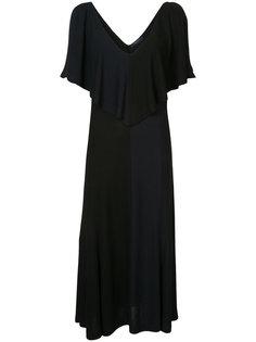 платье с глубоким вырезом с оборкой Derek Lam