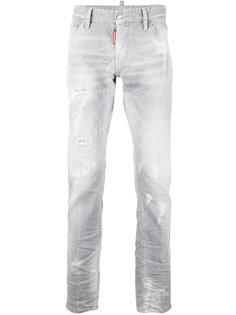 прямые джинсы с протертостями Dsquared2