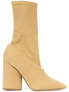 туфли с острым носком  Yeezy