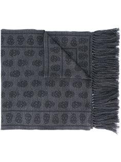 шарф с черепами Alexander McQueen