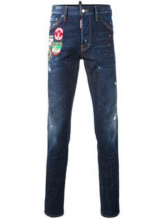 джинсы с заплатками Dsquared2
