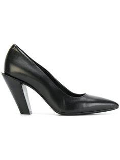 туфли с наклоненным каблуком A.F.Vandevorst