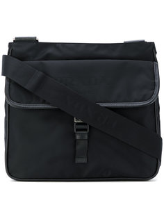 сумка-почтальонка с пряжкой Prada