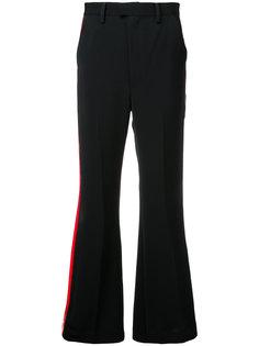брюки с лампасами из лакированного полиуретана G.V.G.V.