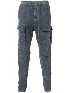 зауженные брюки с карманами-карго Stone Island