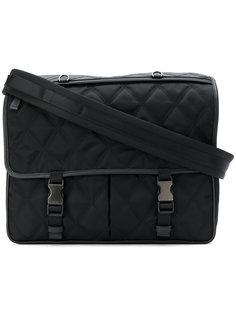 стеганая сумка-почтальонка Prada