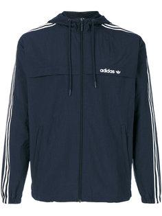 ветровка с тремя фирменными полосками Adidas