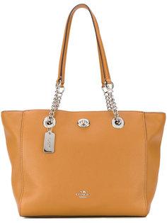 сумка-тоут с цепочными вставками Turnlock Coach