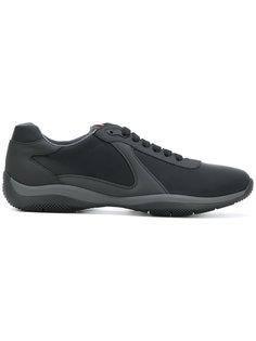 кроссовки с панельным дизайном на шнуровке Prada