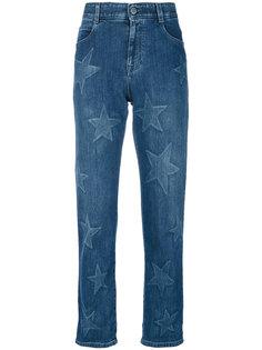 джинсы-бойфренды со звездами Stella McCartney
