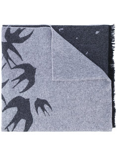 шарф с рисунком из ласточек McQ Alexander McQueen