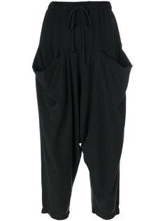 укороченные брюки с драпированными карманами Lost & Found Rooms