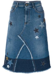 джинсовая юбка с нашивками-звездами Red Valentino