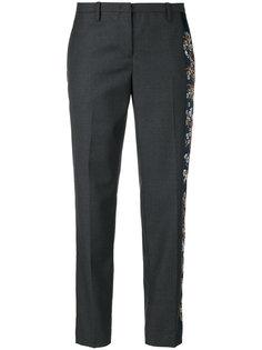 классические брюки с цветочной вышивкой Nº21