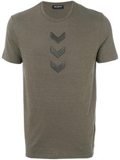 футболка с вышитыми стрелами Neil Barrett