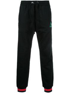 спортивные брюки с вышитой деталью Iceberg