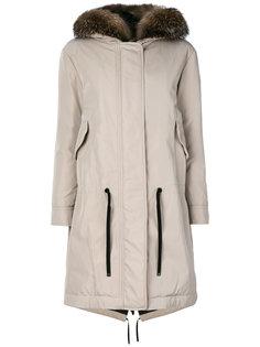пальто с отделкой из лисьего меха Moncler