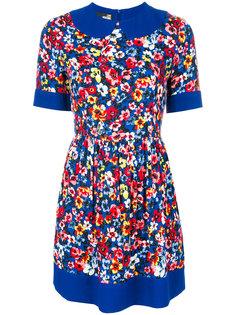 приталенное платье с цветочным принтом  Love Moschino