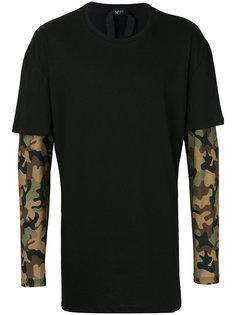 многослойная футболка с камуфляжным узором Nº21