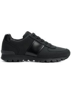классические кроссовки на шнуровке Prada