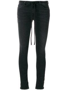 джинсы с вышитой сакурой Off-White