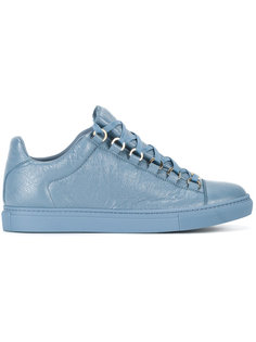 классические кроссовки  Balenciaga