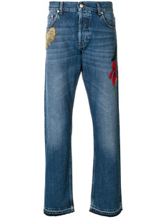 прямые джинсы с вышивкой Alexander McQueen