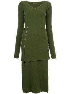 трикотажное платье с V-образным вырезом  Nehera