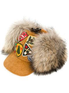шапка Dsquared2