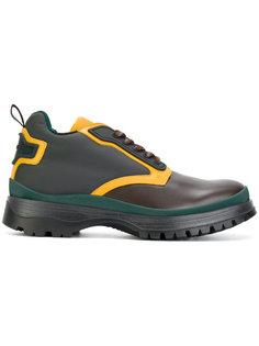 ботинки на шнуровке дизайна колор-блок Prada