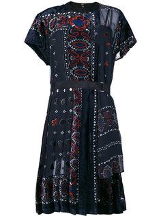 платье с узором  Sacai