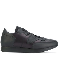 кроссовки на шнуровке с заплаткой сбоку Philippe Model