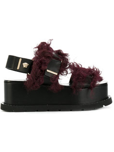 босоножки с отделкой искусственным мехом Versace
