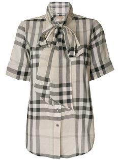 блузка в клетку с завязкой  Burberry