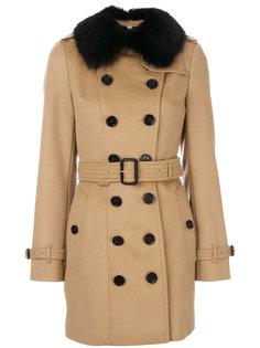 пальто с меховой отделкой  Burberry
