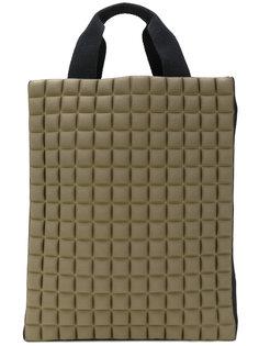 сумка-тоут с фактурной отделкой No Ka Oi