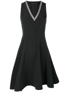 расклешенное платье с контрастным V-образным вырезом Etro