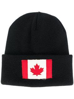 вязаная шапка с заплаткой с канадским флагом Dsquared2