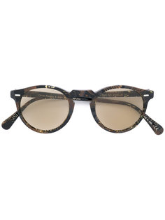 солнцезащитные очки Gregory Peck в округлой оправе Oliver Peoples