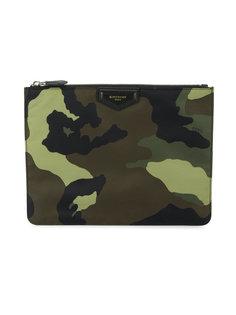 клатч с камуфляжным принтом Givenchy