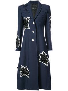 длинное пальто с вышитыми лилиями Derek Lam