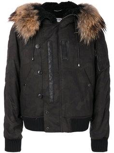байкерская куртка с меховой оторочкой  Pihakapi