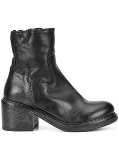 ботинки на наборном каблуке Moma