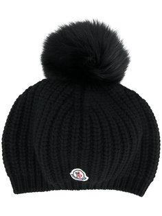 шапка с помпоном из лисьего меха Moncler