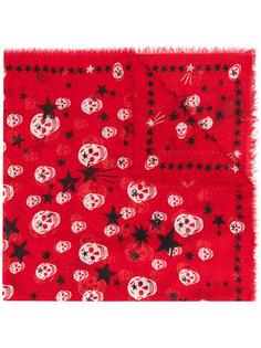 шарф с черепами и звездами Alexander McQueen