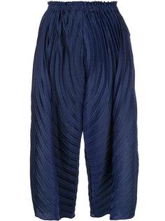 укороченные брюки клеш  Issey Miyake