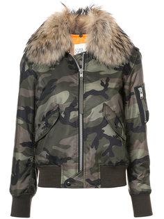 Carly jacket Sam.