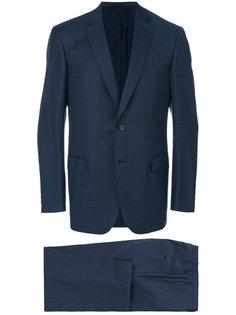 деловой костюм Brioni